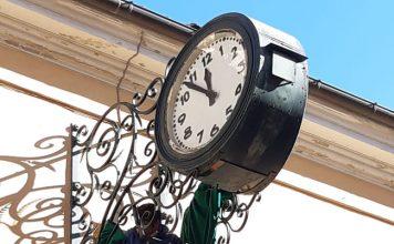 Giulianova, ripristinato l'orologio civico di Corso Garibaldi