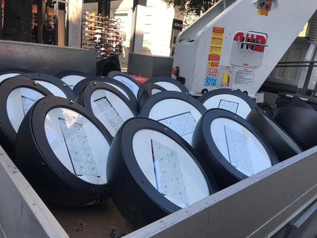 Pescara in via piave corso umberto e via mazzini le nuove for Nuove lampade a led