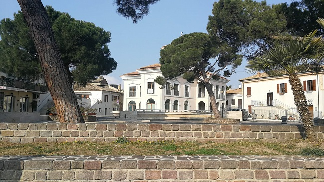 piazza calabresi Montesilvano