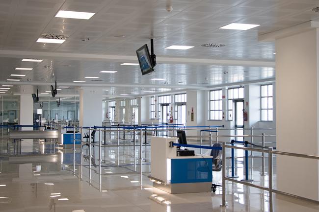 Aeroporto d'Abruzzo sala
