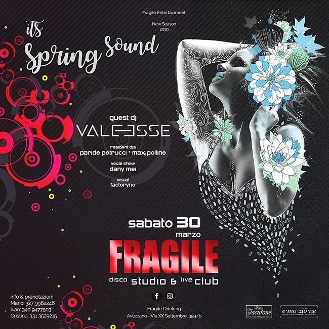 fragile 30 marzo