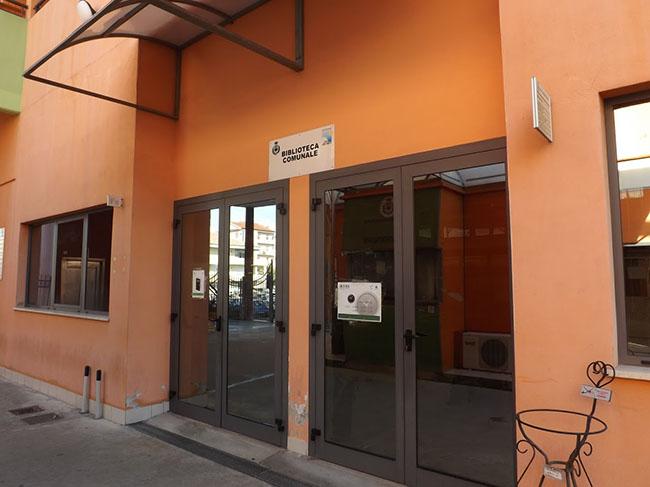 biblioteca comunale Montesilvano