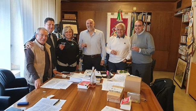 foto Sindaco Di Primio, Presidente Paliotto, Di Fischia, Marrone, Mezzanotte, Di Baldassarre