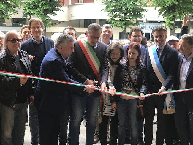 taglio nastro apertura teatro Cordova Pescara