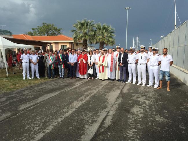 incontro vescovo guardia costiera