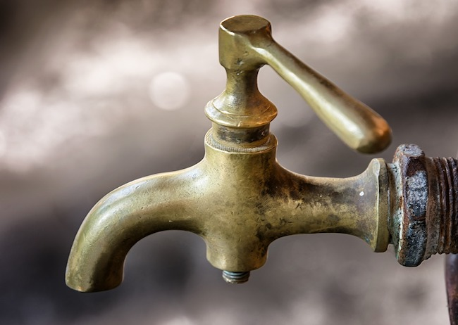 interruzione idrica acqua assente
