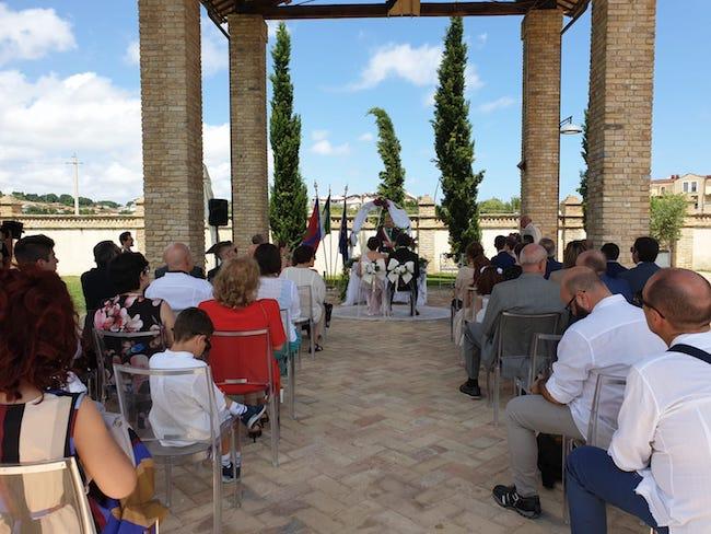 Spoltore, primo matrimonio celebrato in struttura ricettiva