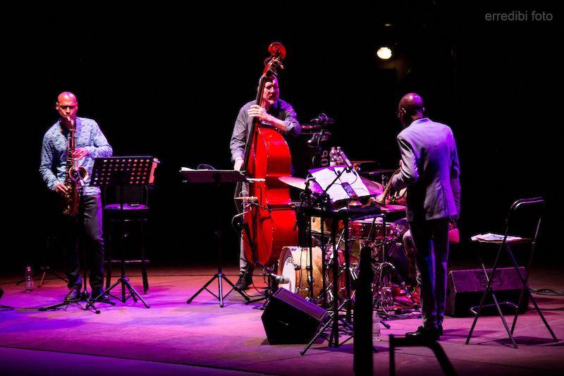 Concerto di Joshua Redman al Teatro D'Annunzio: foto e scaletta