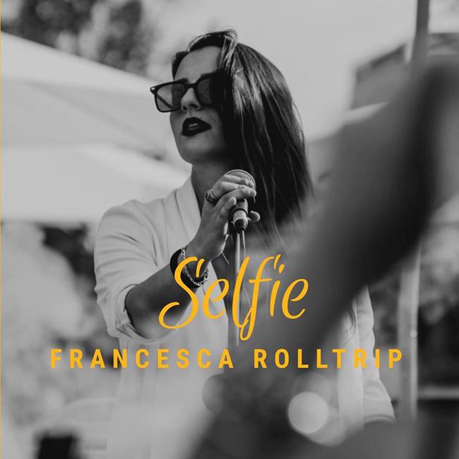 selfie francesca rolltrip