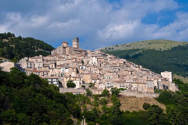 Castel del Monte (L'Aquila)