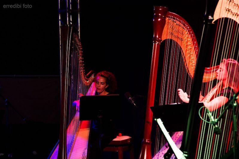 Pop Harps incantano il porto turistico di Pescara: foto e scaletta