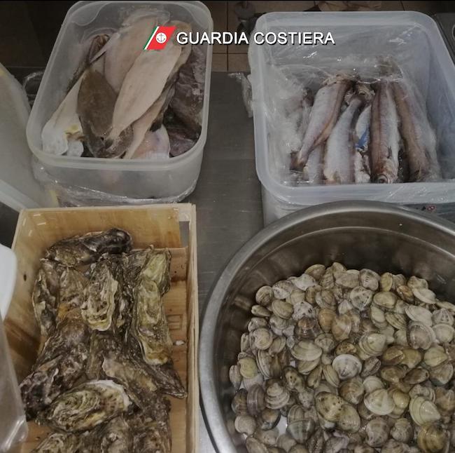 prodotti ittici sequestrati