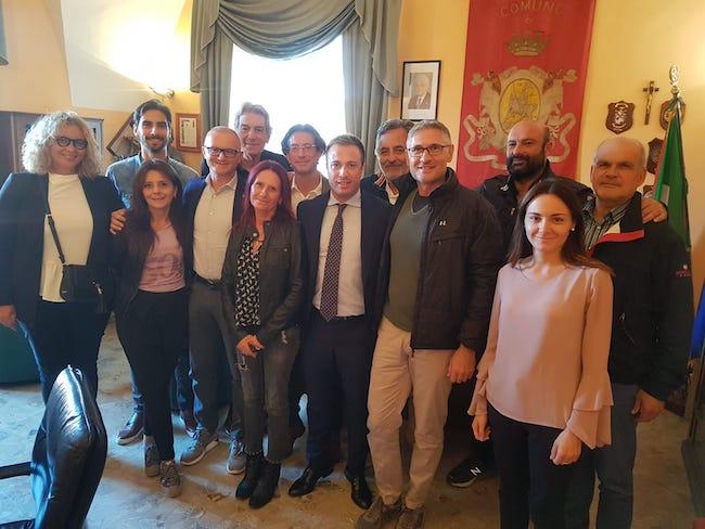 L'amministrazione comunale con il nuovo dirigente Gramenzi e il nuovo funzionario carbone