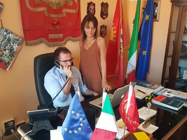 Il sindaco Jwan Costantini e la segretaria generale Raffaella D'Egidio