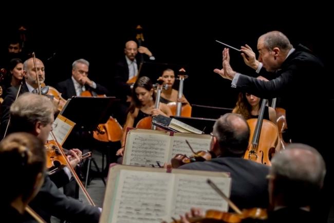 orchestra sinfonica abruzzese paszkoski