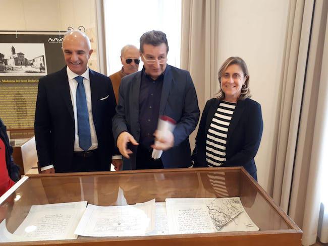 """Mostra sulla storia di Pescara, """"Gocce d'identità"""" di Licio Di Biase"""