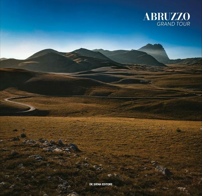 Giulianova, presentazione del libro Abruzzo Grand Tour