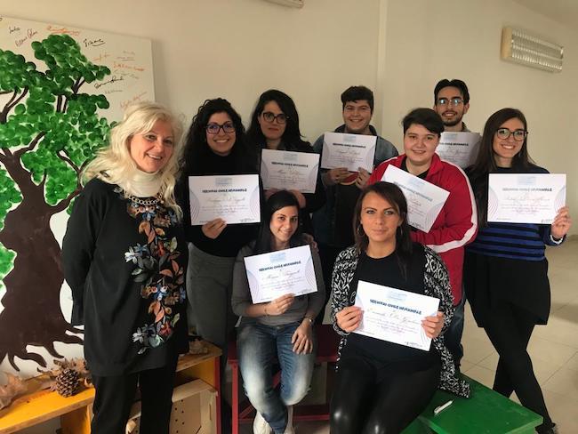 Associazione Allegrino, foto di gruppo con i giovani volontari del Servizio Civile