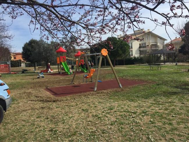 nuove aree gioco attrezzate parco cerasari