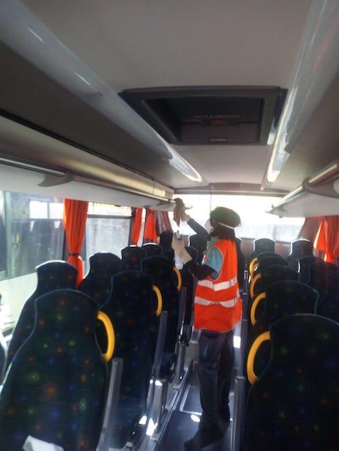 pulizia autobus