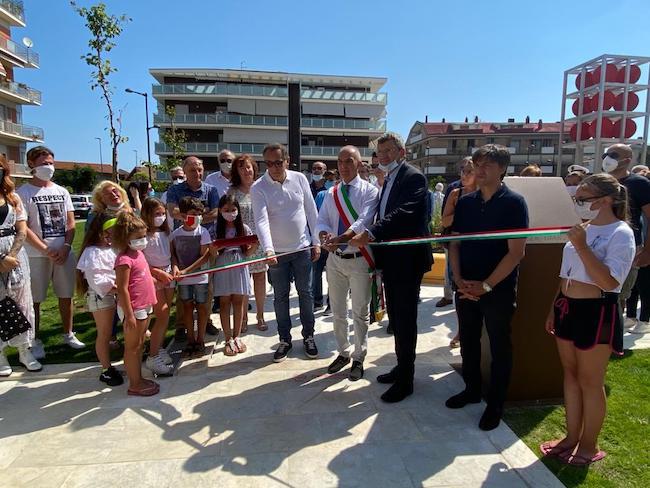 inaugurazione piazza caduti del mare pescara
