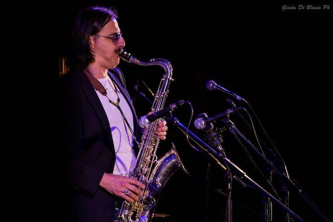 Max Ionata in concerto con l'Hammond Trio: fotogallery e scaletta