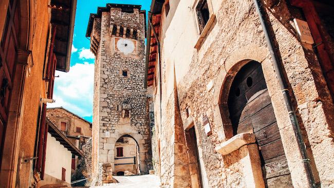 fontecchio torre