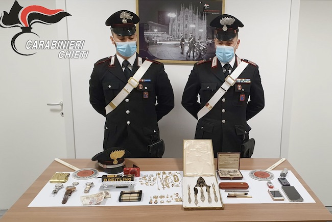 carabinieri merce sequestrata