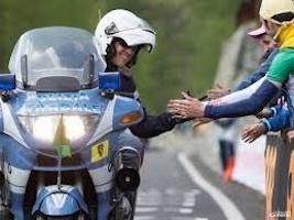 polizia 103 giro d'italia