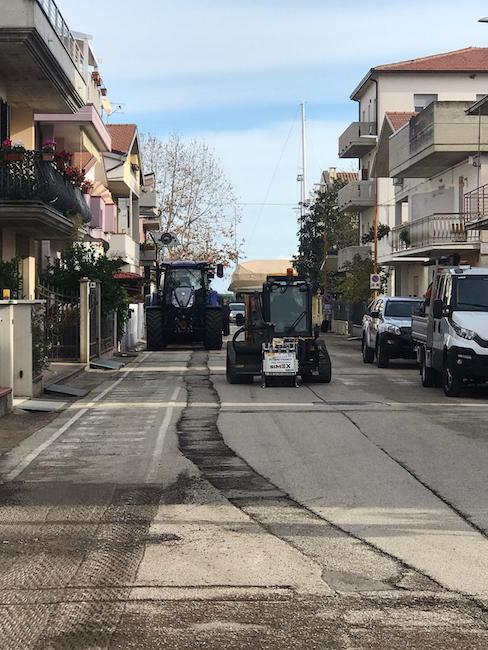 rifacimento manto stradale via la spezia