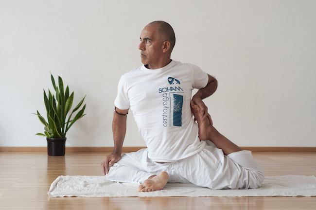 yoga daniel