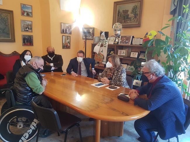 Visita istituzionale assessore regionale alla Sanità Verì al Comune di Giulianova