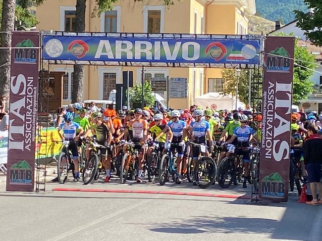 GF Mtb Parco Nazionale d'Abruzzo 29062021 partenza