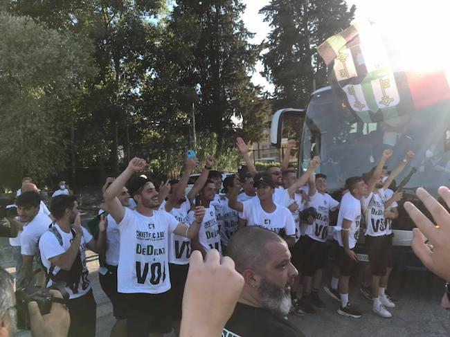 Chieti Calcio promosso in Serie D, la festa con i tifosi [FOTO]