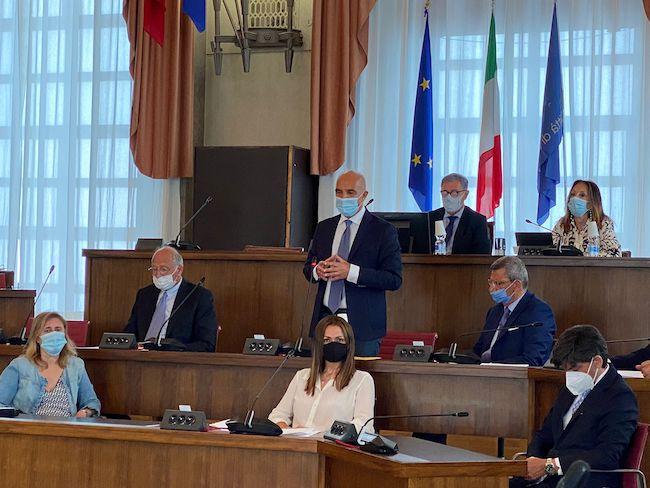 riunione consiglio comunale pescara 28 giugno 2021