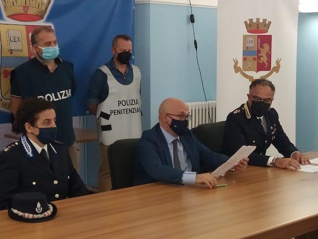 conferenza arresto latitante
