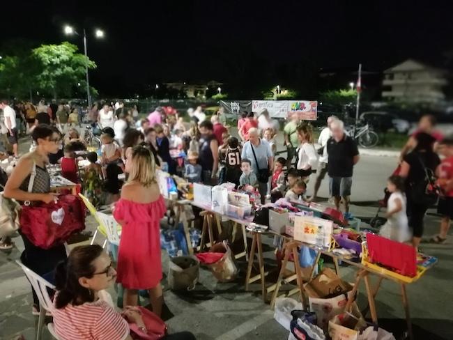 mercatino bambini montesilvano