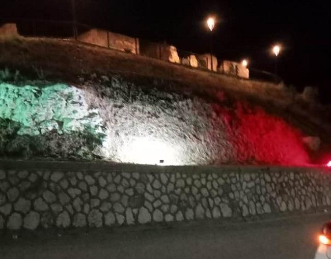 percorsi turistici abruzzesi Mostra Cerchio AQ Italia Bandiera