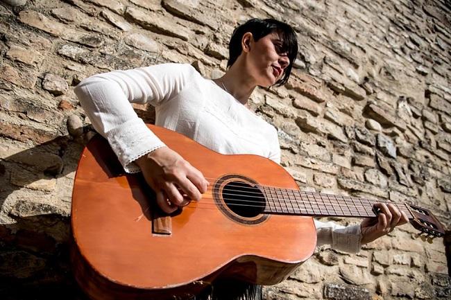 l. molino guitar