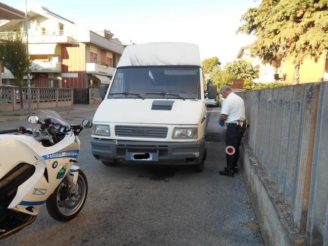 furgone rubato